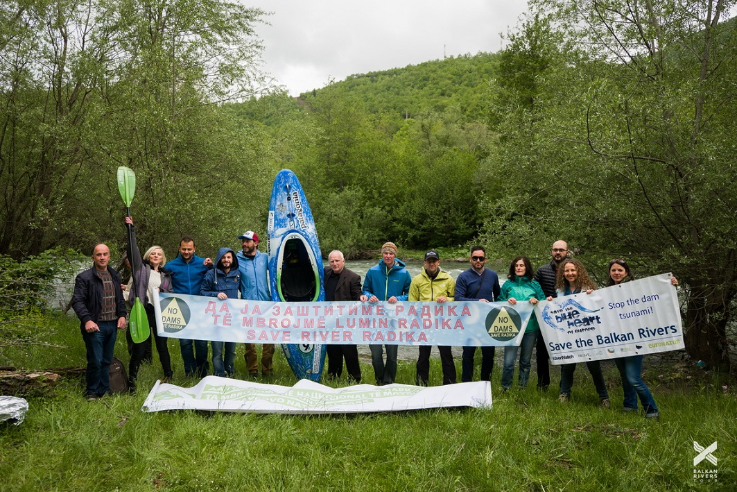 Protest against projected hydropower plants inside Mavrovo National Park. Residents join the  Balkan Rivers Tour-Team © Jan Pirnat